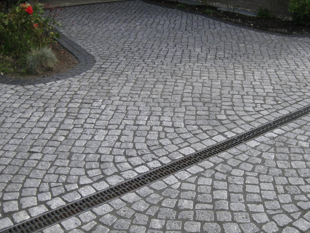 Granitpflaster mit der gr e 7 9 cm im passeverband traumgarten - Verlegemuster natursteinpflaster ...