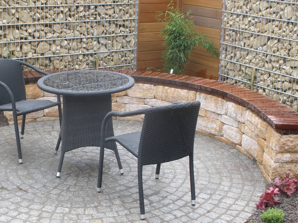 gartenmauer mit sitzecke. Black Bedroom Furniture Sets. Home Design Ideas