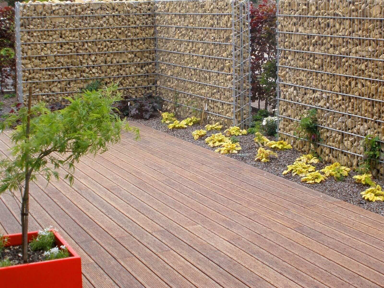 terrasse aus bambus galabau m hler terrassendielen baumbus. Black Bedroom Furniture Sets. Home Design Ideas
