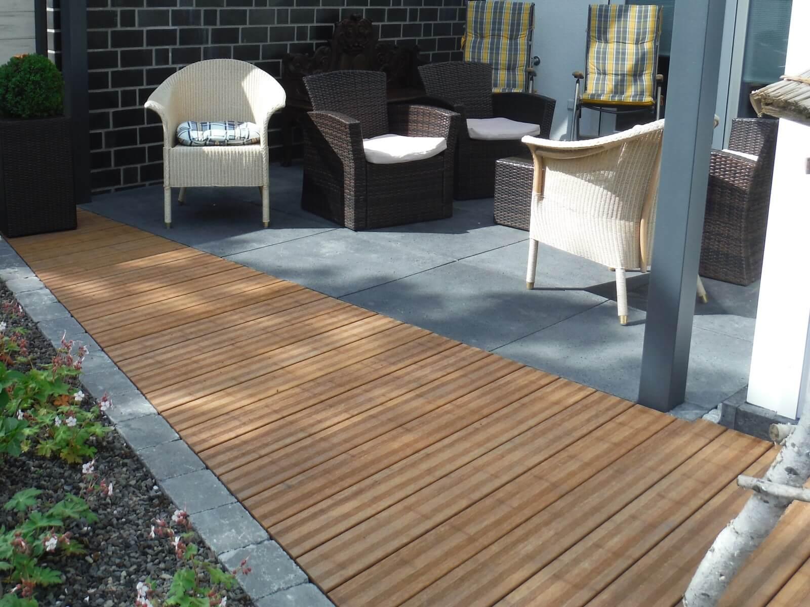 terrasse aus bambus traumgarten. Black Bedroom Furniture Sets. Home Design Ideas
